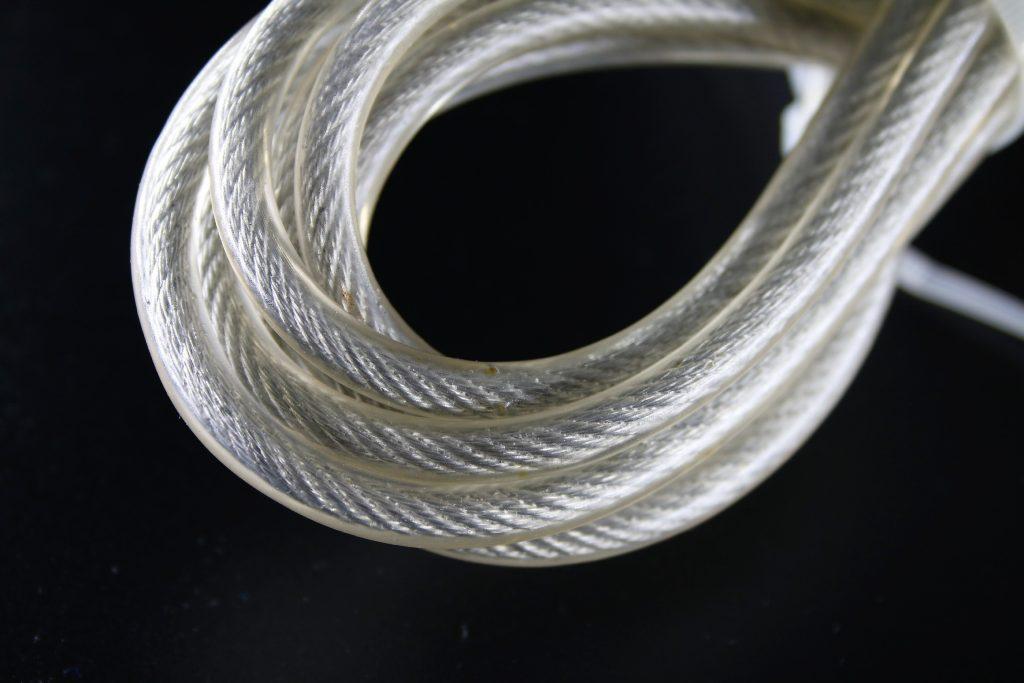 Corde a sauter cable acier