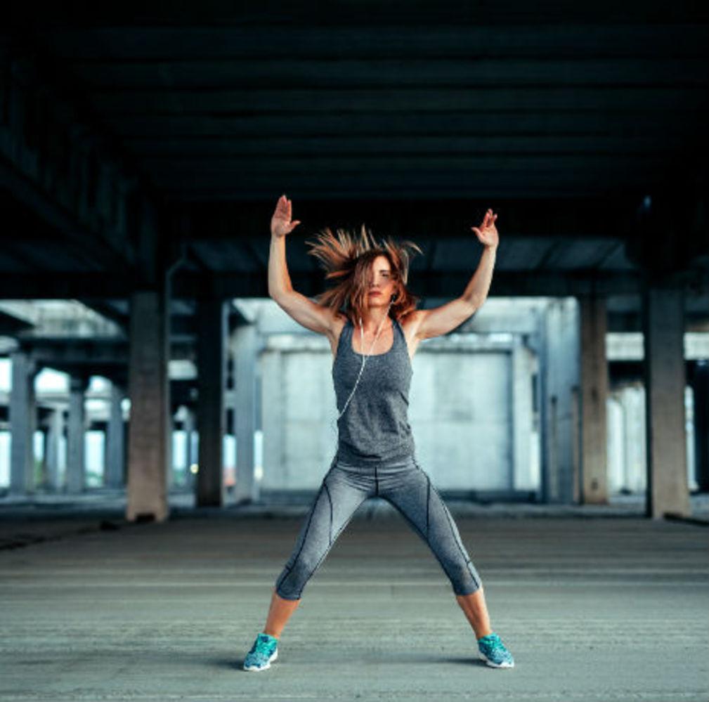 Le jumping jack est parfait pour perdre du poids