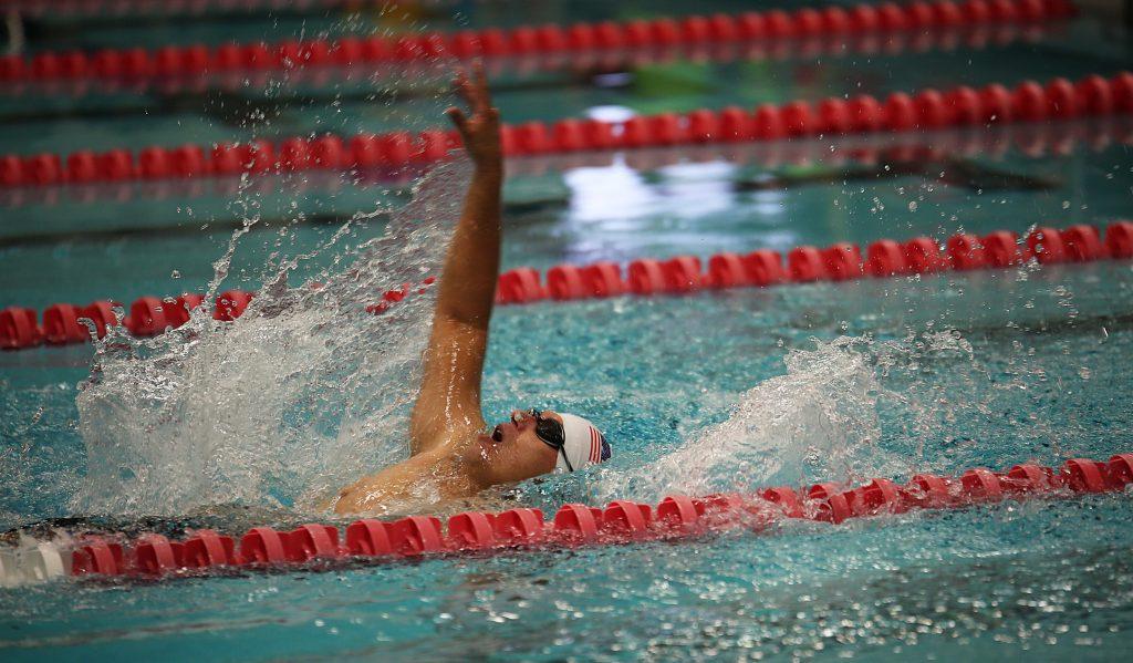 La natation est parfaite pour traiter la discopathie lombaire